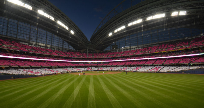 Milwaukee-Bewers---Pink-Out-2014